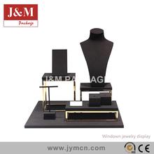 windown jewelry display black velvet small size