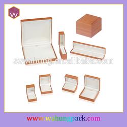 Good relationship good wishes Harmony Jewelry set Box