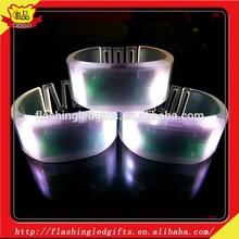 2015 new design Silicone Luminous Bracelet Party Event Flashing Light / Creative Promotional Gift Toy / Customized Logo