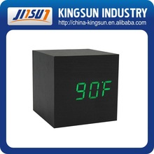 Hot digital quality table wood LED clock