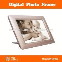 "digital photo frame with fm radio 7"" dpf-7012"