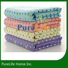 Dots pattern printed kids polar fleece throw blanket
