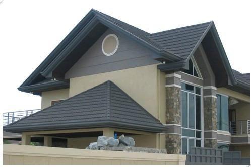 Types de toit couvrant feuilles maison bardeau couleur for Type de toiture maison