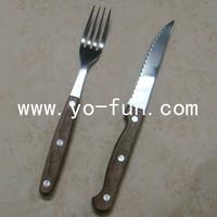 GSB014 America style dye wooden handle stainless steel steak flatware