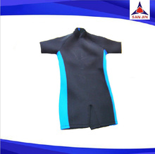 Customize Men Neoprene Surfing Wetsuit Short Sleeves and Legs Diving Suit 4-way stretchable neoprene sports wear