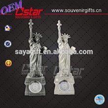 New resin solar light figurine birds for sale customizable