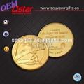 Le métal des pièces d'or avec la conception libre