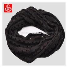 Ladies knit mesh eternity scarf