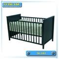 طلاء أسود أثاث غرف النوم طفل آمنة سرير الخشب الصلب