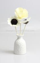 Botella de perfume de cerámica con diseño único con decoración de flores botella de forma de la fruta