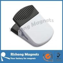 white color plastic magnetic bulldog clip small sizes