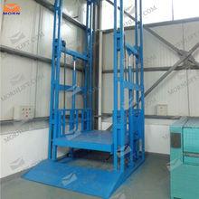 Warehouse vertical lift up mechanism for cargo