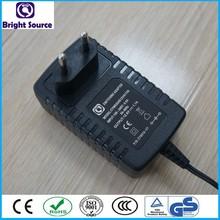 Power adapter input 100~240v ac 50/60hz