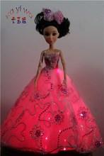 Wedding Decoration Dolls / Cake Accessory / Flashing Wedding Car Supplies
