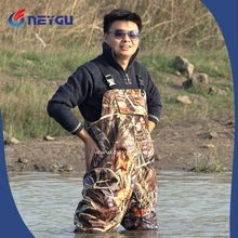 Custom Breathable Camouflage Bootfoot Chest Waders for Hunting and Fishing
