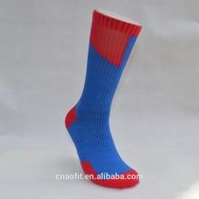 Customized Wholesale Black White Elite Basketball Socks/ Mens Sports Socks