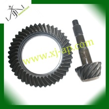 precision casting front crown wheel and pinion gear set with 3.9 ratio for toyota hilux