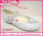 Fashion for pretty flower girls communion dress shoes