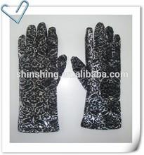 Ladies Floral Burnout Touch Screen Velvet Gloves