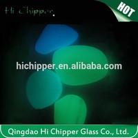 Yellow green tank decorative glow in dark glass pebbles
