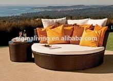 2015 Hot sale outdoor wicker rattan circular Lying bed