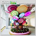 Gigante da fibra de vidro do arco-íris pirulito árvore, big doces coloridos exposição de natal, bala de turbulência do tema da árvore