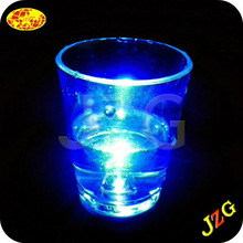 wholesale led bar decorations promotional 2015 party supplies glow in the dark plastic 1.5oz led shot glass