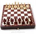 قطع الشطرنج من البلاستيك الساخن بيع الملونة