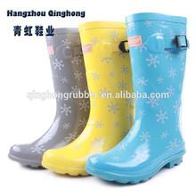 latest fashion snow printed woman winter boots fashion 2013