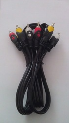 Innovative design with shinning pvc fish eyes rca cable