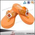 Nuevo diseño caliente de la venta hechos a mano nuevo diseño Eva zapatillas sandalias, Alta temperatura adhesivo nuevo diseño de moda zapatillas