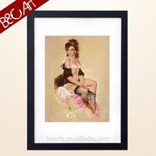 Printed half-naked women painting
