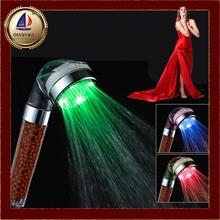 Cixi qianyao dínamo de alta qualidade 7- grande de cor led spa rian mão chuveiro cabeça