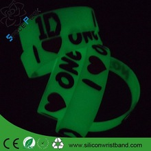 Give Away Silicone Wrist Bands /customized engraved silicone bracelet glow in dark