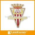 coroa e triângulo design personalizado liso bordado patch para o vestuário decration