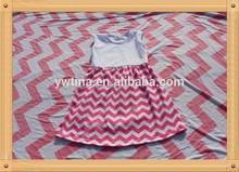 2015wholesale children's boutique dress cotton dress white top half and pink chevron curve bottom dress simple style