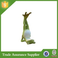 Popular resin garden yoga frog for garden & home decor