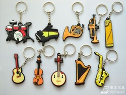 Customized cheap Fashion and good quality advertising keychains advertising gifts