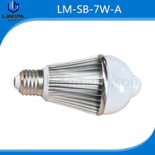 LED sensor lamps 7w pir+light sensor bulbs led pir e27