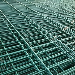 Fencing, Trellis & Gates Type and Heat Treated Pressure Treated Wood Type Double/Twin Wire Mesh Fence