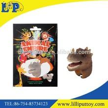En plastique ceratosaurus jouet anneau couleur de dinosaur réaliste cadeau