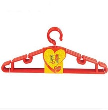 China traditional red color multifunctional plastic clothes hanger