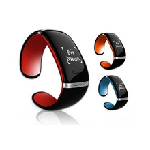 2015 Top smart band with OLED screen from VIP supplier Securitywell.com