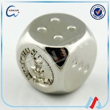 Customized metal playing dice wholesale