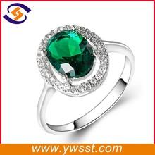 Fashion jewelry diamond emerald wedding ring