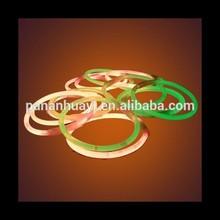 2015 New Arrival Cheap Wholesale Custom Glow Bracelet Glow In Dark Bracelet Colorful Beautiful Light Fot Party Decoration
