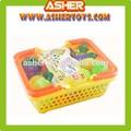 de plástico de juguete suave de las frutas y hortalizas con la cesta