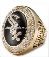 2005 MLB white sox championship ring 14k gold finish