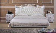 luxury classic bed