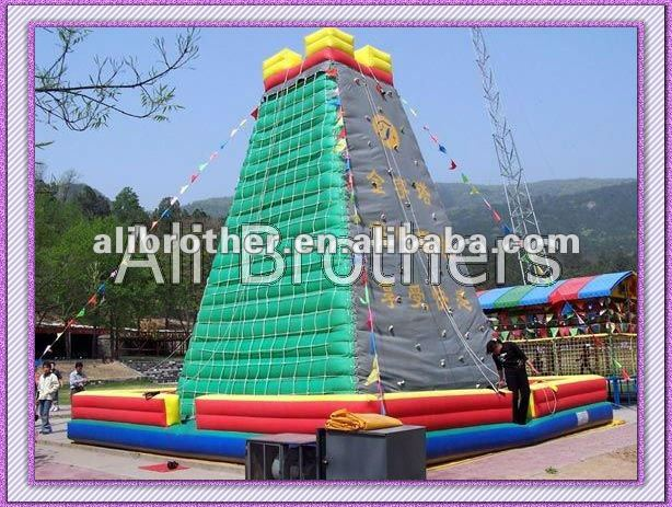 Children_playground_PVC_inflatable_pyram